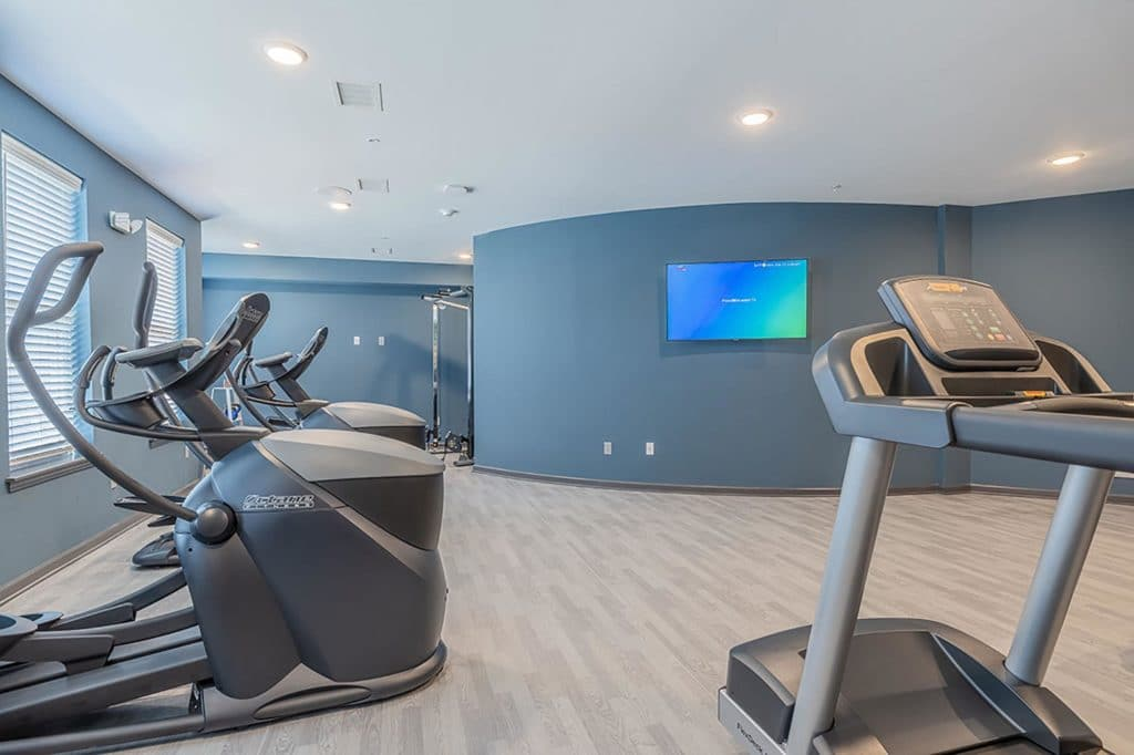 Fitness center | 176 Denison